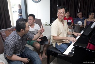 Pianovers Sailaway 2016, Chris Khoo starting the ball rolling