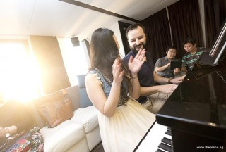 Pianovers Sailaway 2016, Vanessa Yu, and Mitchell Chapman playing piano in the saloon
