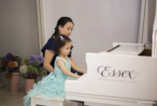 Pianovers Hours, I-Wen performing #2