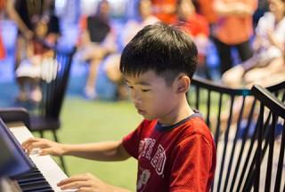Pianovers Meetup #45 (NDP Themed), Teo Ming Yang performing