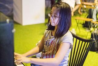 Pianovers Meetup #48, Rachel Liang Fang Yu performing