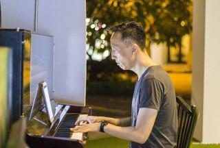 Pianovers Meetup #48, Teik Lee performing