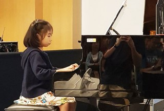 Pianovers Meetup #49 (Suntec), Zanetta Chan performing