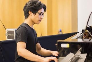 Pianovers Meetup #49 (Suntec), Aisham performing