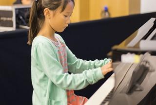 Pianovers Meetup #49 (Suntec), Lee Sim Yee performing