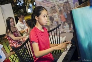 Pianovers Meetup #53, Yu Tong performing