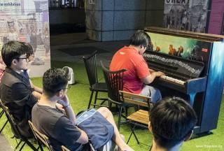 Pianovers Meetup #53, Zafri performing