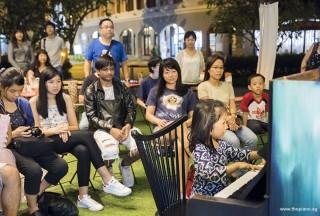 Pianovers Meetup #55, Gwen performing