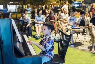 Pianovers Meetup #59, Jovan performing