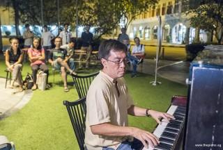 Pianovers Meetup #60, Chris Khoo performing