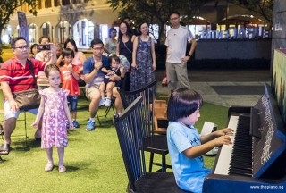 Pianovers Meetup #61, Brandon performing