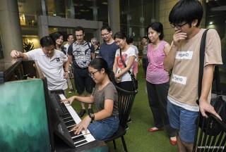 Pianovers Meetup #61, Erika playing
