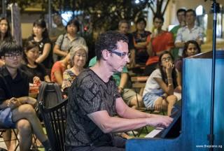 Pianovers Meetup #63, David Ennes performing