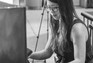 Pianovers Meetup #63, Ellie performing