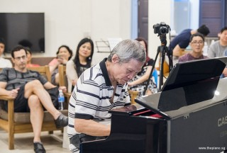 Pianovers Meetup #64, Albert performing