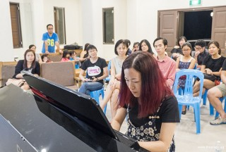 Pianovers Meetup #64, Melody performing for us