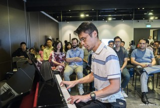 Pianovers Meetup #70, Theng Beng performing