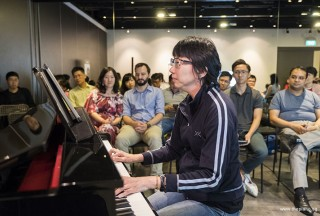 Pianovers Meetup #70, Siew Tin performing