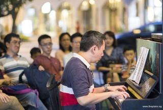 Pianovers Meetup #72, Gavin performing