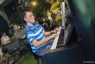 Pianovers Meetup #73, Chris Khoo performing