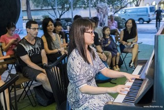 Pianovers Meetup #74, Corrine performing