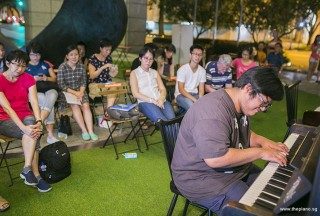 Pianovers Meetup #76, Zafri performing