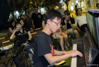 Pianovers Meetup #77, Mark Wong performing