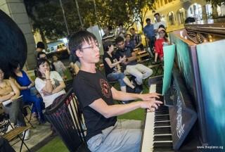 Pianovers Meetup #78, Mark Wong performing