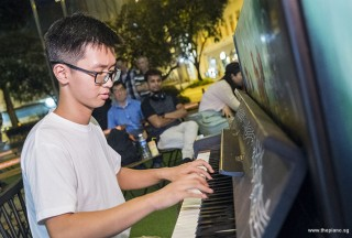 Pianovers Meetup #78, Max Zheng performing