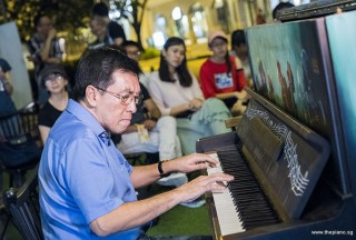 Pianovers Meetup #78, Chris Khoo performing