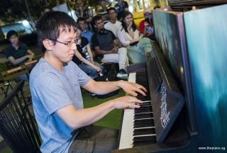 Pianovers Meetup #78, Hiro performing