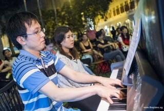 Pianovers Meetup #79, Hiro performing