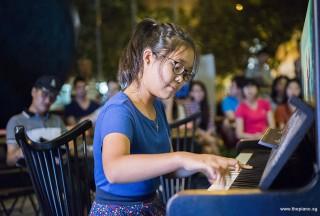 Pianovers Meetup #81, Erika performing