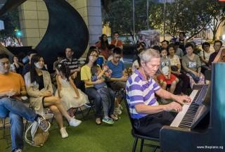 Pianovers Meetup #83, Albert performing