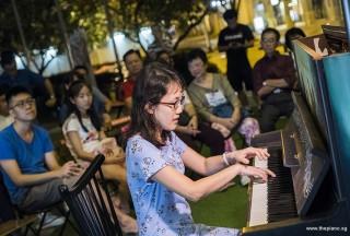 Pianovers Meetup #83, Pauline Yoong performing