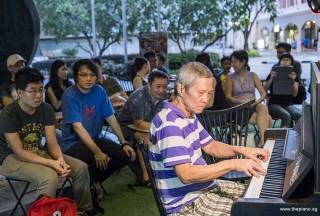 Pianovers Meetup #84, Albert performing