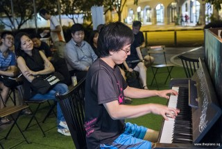 Pianovers Meetup #87, Hiro performing