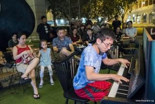 Pianovers Meetup #89, Hiro performing
