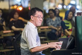 Pianovers Meetup #90, Chris Khoo performing