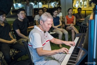 Pianovers Meetup #92, Albert performing