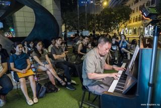 Pianovers Meetup #93, Gavin performing