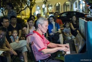 Pianovers Meetup #93, Albert performing