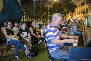 Pianovers Meetup #95, Albert performing