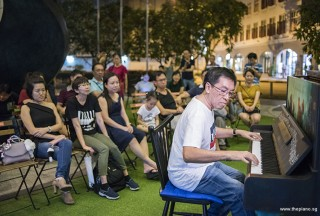 Pianovers Meetup #95, Chris Khoo performing