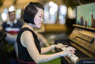 Pianovers Meetup #95, Julia Goh performing