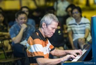 Pianovers Meetup #96, Albert performing