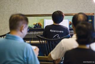 Pianovers Meetup #96, Hiro performing for us