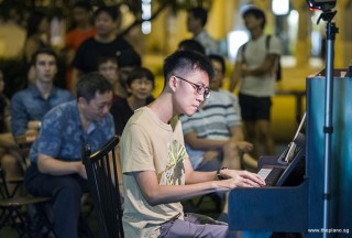 Pianovers Meetup #96, Kenneth Guan performing