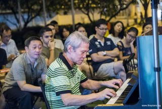 Pianovers Meetup #97, Albert performing