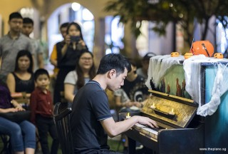 Pianovers Meetup #99 (Halloween Themed), Kendrick Ong performing